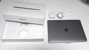 Macbook Airの付属品