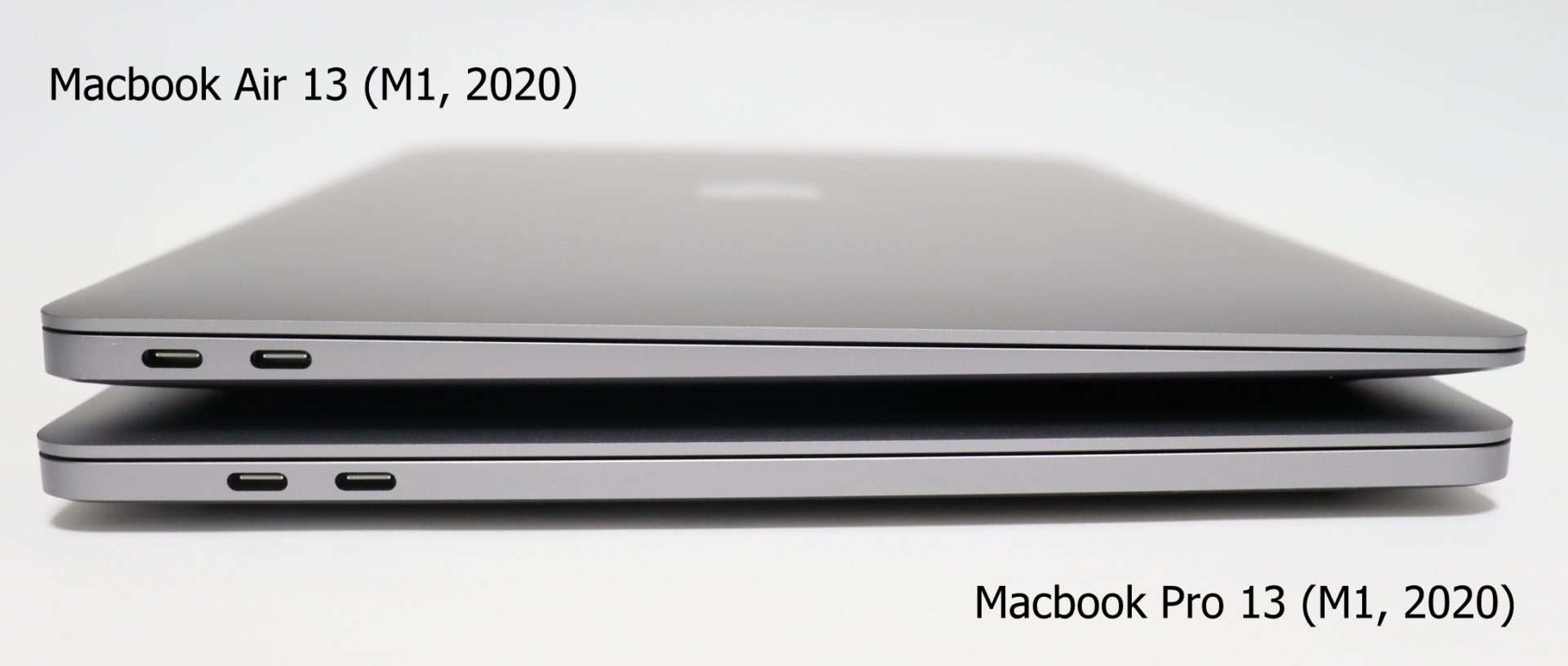 Comparison-of-Macbook-Air-and-pro-stacking-left