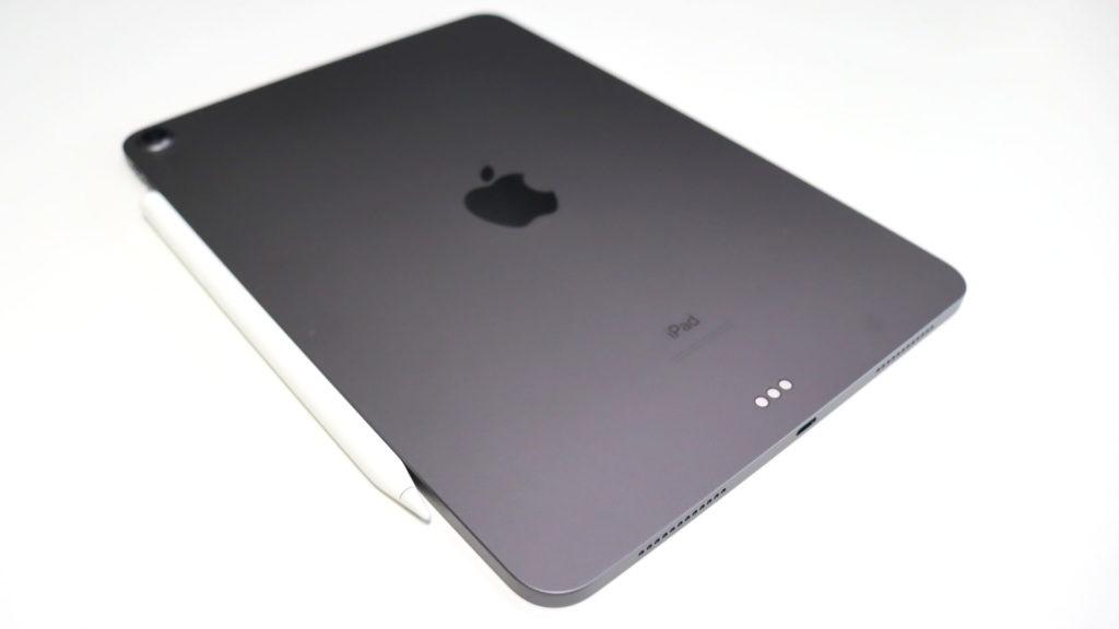 iPad Air4にApple Pencil2をくっつけたところ