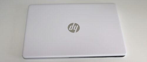 HP 15s-eq1000の上面デザイン