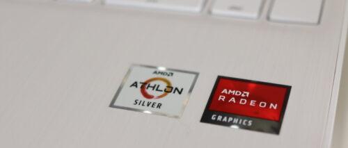 AMD Athlon™ Silver 3050Uを搭載している
